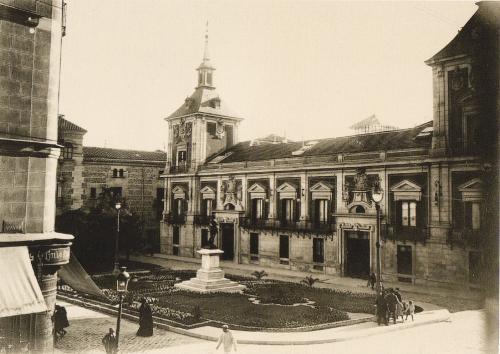 Plaza de la Villa, en 1931. Madrid