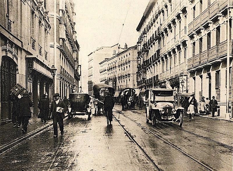 La foto de la semana: Calle Fernando VI en los años treinta