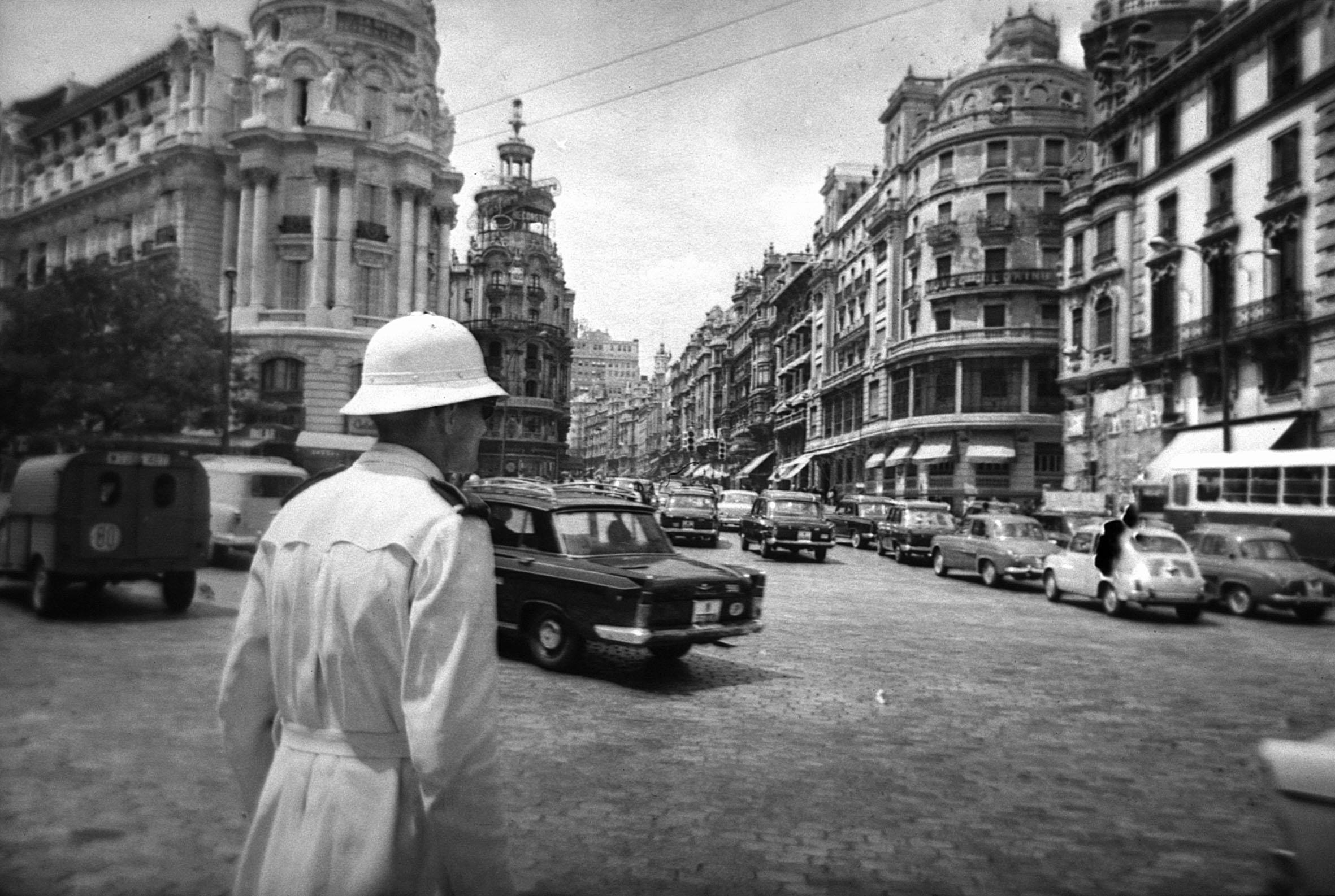 La foto de la semana: Guardia de Tráfico en 1963