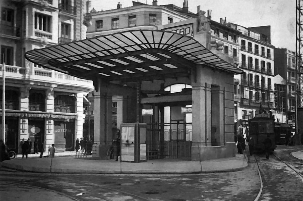 La foto de la semana: Entrada al metro, años 40