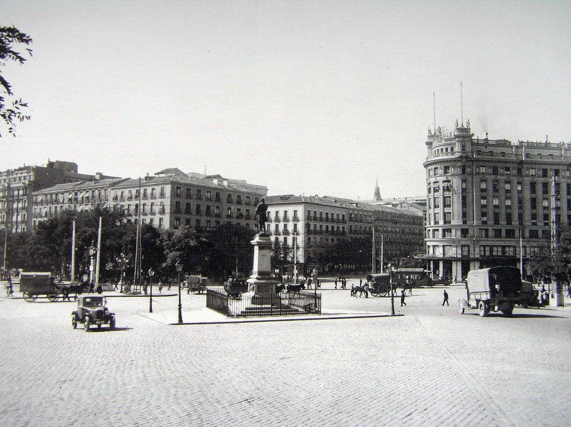 La foto de la semana: glorieta del emperador carlos v (1929)
